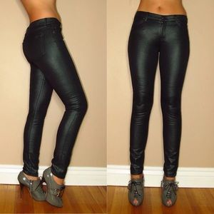 🆕 7 For All Mankind Skinny Black Emerald Jeans